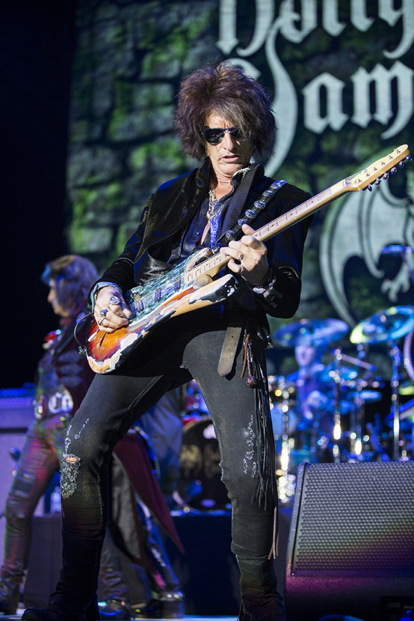 Hollywood Vampires Live 3