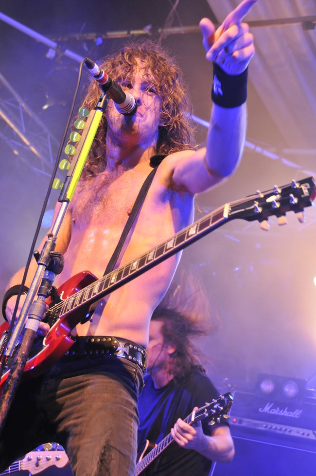 Hard-Rock-Hell-Airbourne